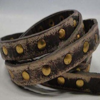 Vintage Style Flat Leather with Studs