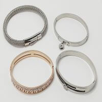 Buy Stainless Steel Stainless Steel Jewellery at wholesale prices