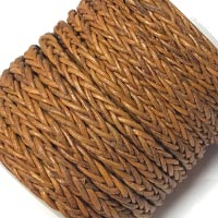Buy Cordoncini di cuoio Cordoncini intrecciati Tondo 6mm Bolo Braided Leather Cords  at wholesale prices