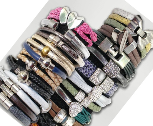 Buy Cordoncini di cuoio Ready Leather Bracelets  at wholesale prices