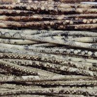 Buy Lederbänder Rund gesäumt Schlangenmuster - 4mm  at wholesale prices