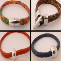 Buy Cordons en Cuir Bracelet en cuir Fini Collections de bijoux Nouvelles collections  at wholesale prices