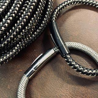 Wir enthüllen Geheimnisse rund um Lederarmbänder für Männer