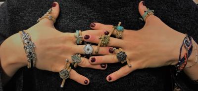 Vier Gründe für Schmuckhersteller, sich auf DIY-Projekte mit Leder zu stürzen!