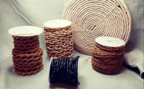 Einzigartige Stücke aus geflochtenem Leder