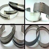 Steel Cuffs in Steel colour