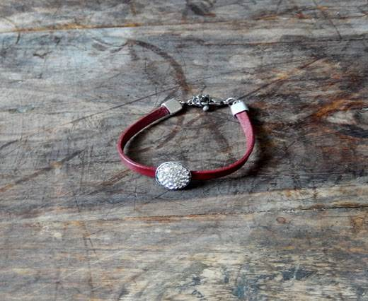 LeatherBracelet09 - Red with diamond