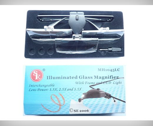 Illuminated Glass Magnifier with Frame and LED light