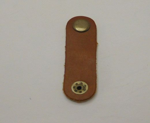 LEATHER BUTTON CLIP - LIGHT BROWN