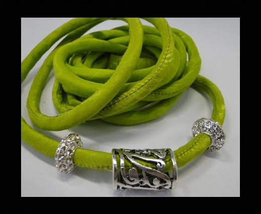 Real silk cords with inserts - 8 mm - Lime