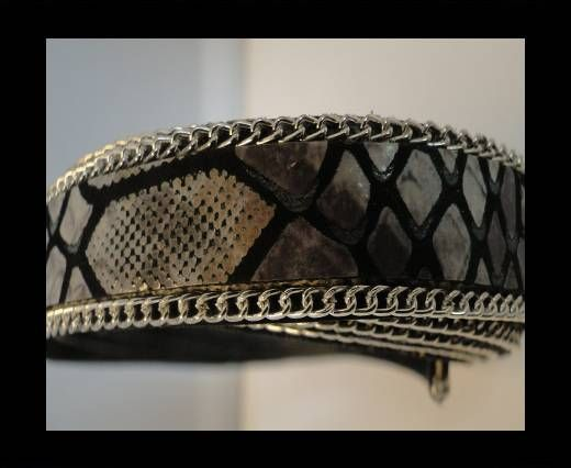 Leather with Flat snake Print -Black