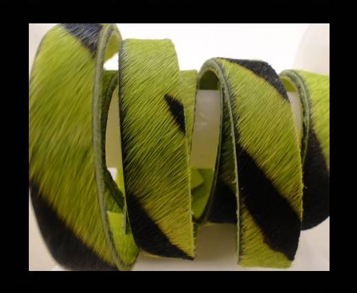Cuir naturel avec poil - 5mm - Grass Green Zebra Print