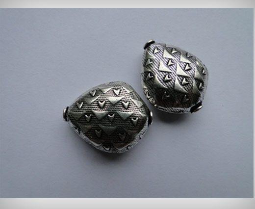 Antique Large Sized Beads SE-2377