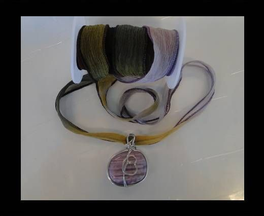 MC-Silk-Ribbon-Lupine