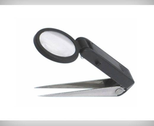 LED illuminated Tweezers with magnifier, LED light