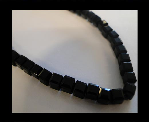 Faceted Cubes-4mm-Black Quartz