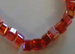 Faceted Cubes-4mm-Granate AB