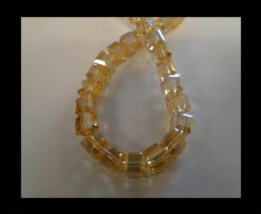 Faceted Cubes-4mm-Topaz AB