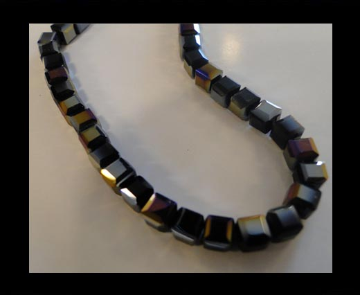 Faceted Cubes-6mm-Black Quartz AB