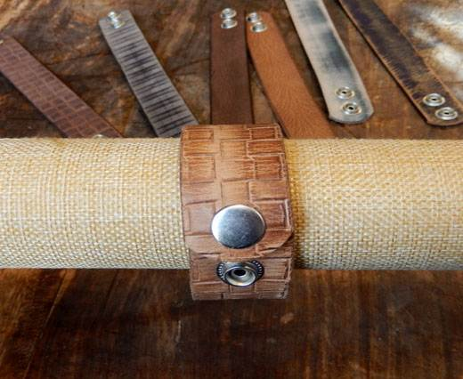 Buy LEATHER CUFF - DESIGN 6 - VINTAGE CAMEL SQUARES at wholesale prices