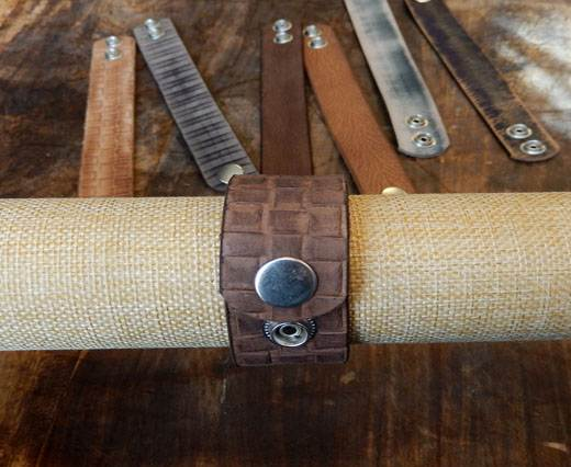 Buy LEATHER CUFF - DESIGN 7 - VINTAGE BROWN SQUARES at wholesale prices